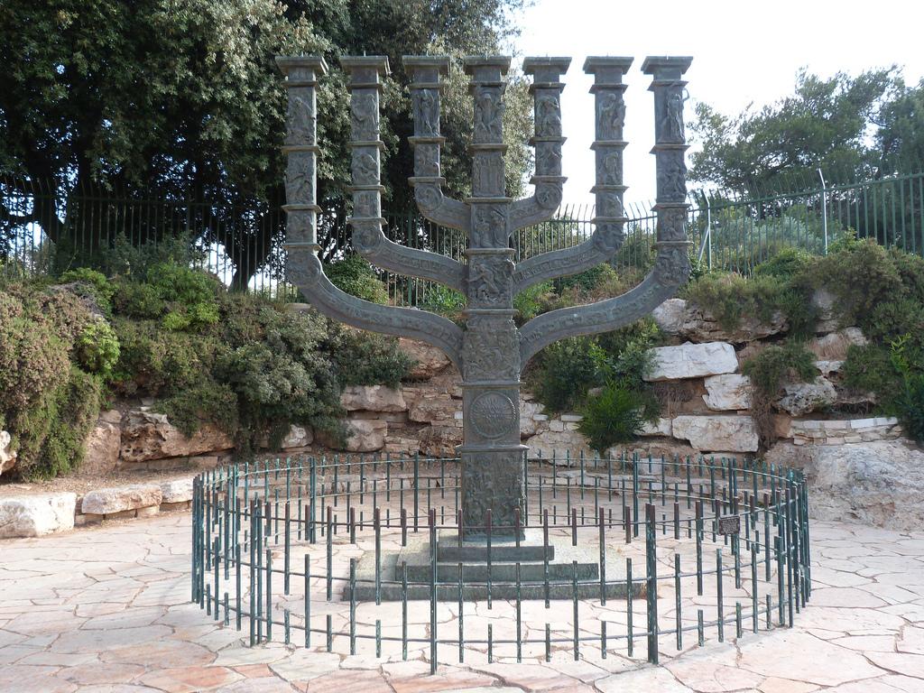 Rebbe El on Torah and Israel – Parashat Vayakhel-Pekudei 5778 –  Shabbat Parah – Birkat HaChodesh